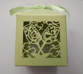 Pudełeczko dekoracyjne na cukierki, dla gości, zielone