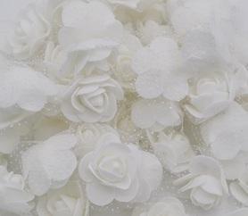 Róże piankowe z tiulem białe 10szt. kreatywne