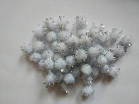 Pompony włochate srebrne 50szt. kreatywne