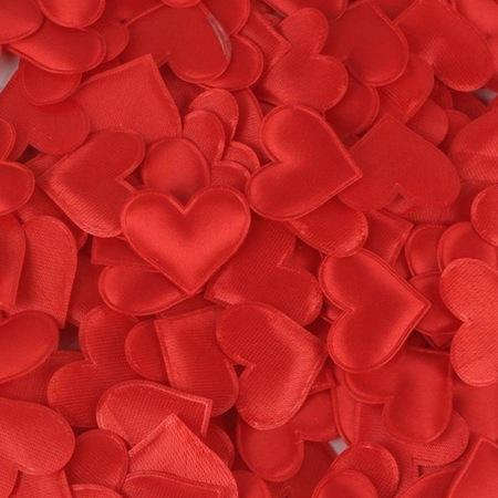 Czerwone satynowe serduszka poduszeczki - 20szt.  (1)